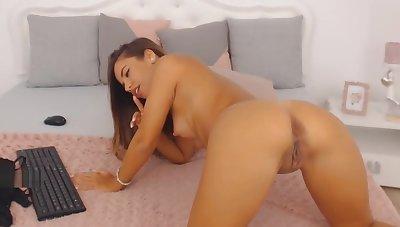 Sylvie Meis look a like masturbating
