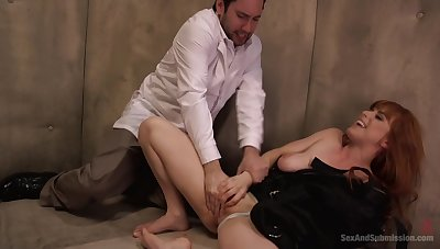 man fucks her shaved pussy hard and gags chum around with annoy redhead with his sperm