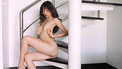 Real orgasms for the skinny Asian in a mammal solo