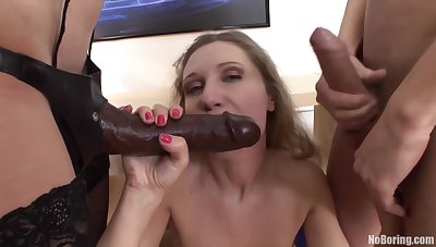 A great double penetration for this whore