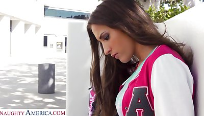 After kissing alms-man with passion hottie Lizz Tayler bends over for some doggy
