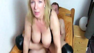 A girl having sex with a stranger