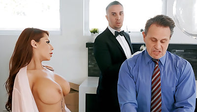 Horny butler is obtainable to anal fuck housewife