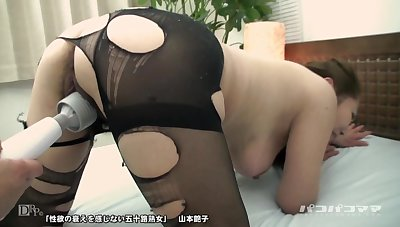 314 Keiko Wakabayashi Best Butt The Tight Pants That Bite Into The Drooping Buttocks
