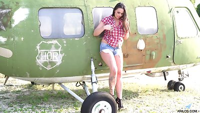 Simony Diamond loves planes and playing with her cunt all make an issue of time