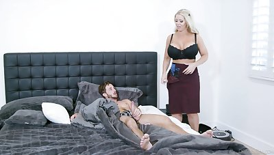 Ripsnorting mom is keen to undress and try the young lad's weasel words be expeditious for a few rounds