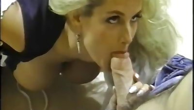 Sally Layd, Rick Savage And Sean Michaels In Retro Usa 779 90s